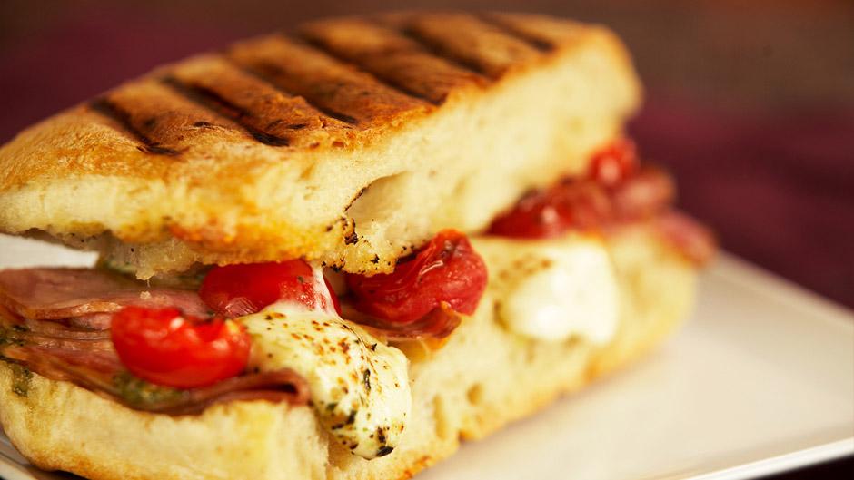 0911_mediteranean-sandwich_f