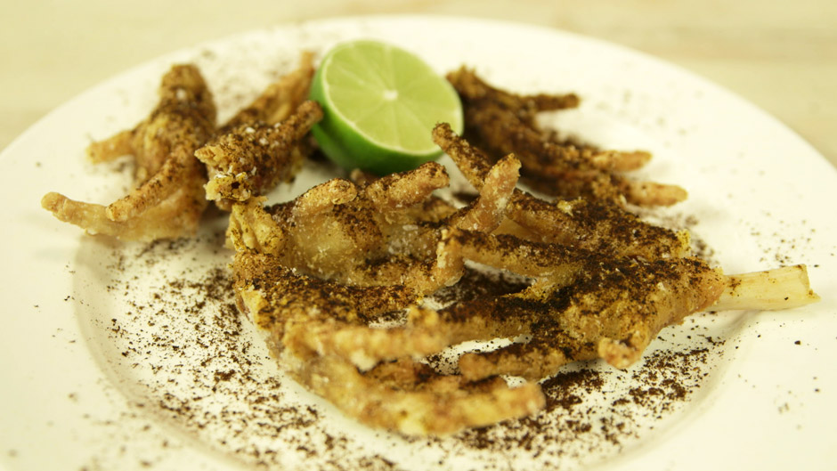 1403_bloo_chicken-feet_f