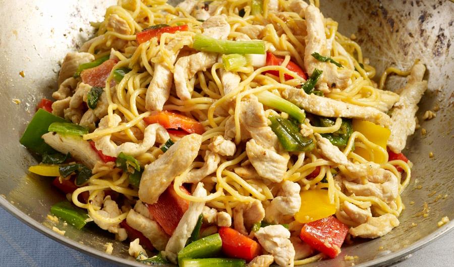 1405_tsai_tri-pepper-chow-mein_f