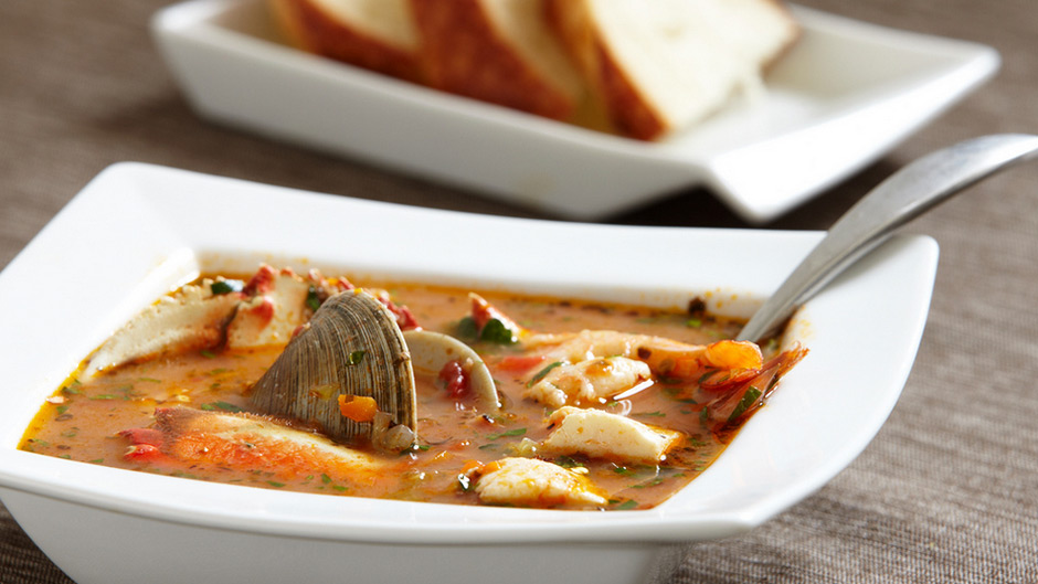 Making Cioppino In A Breville Slow Cooker Food Thinkers By Breville